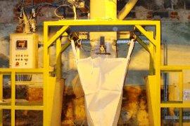 Remont wagi na stanowisku załadunku worków