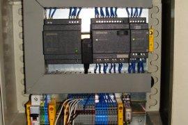 Projekt i rozruch automatycznego poboru próbek płynu po FLR